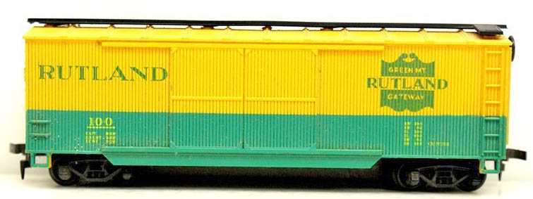 AHM Double-Door Wood Boxcar