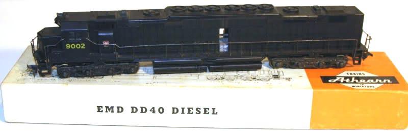 Athearn DD40